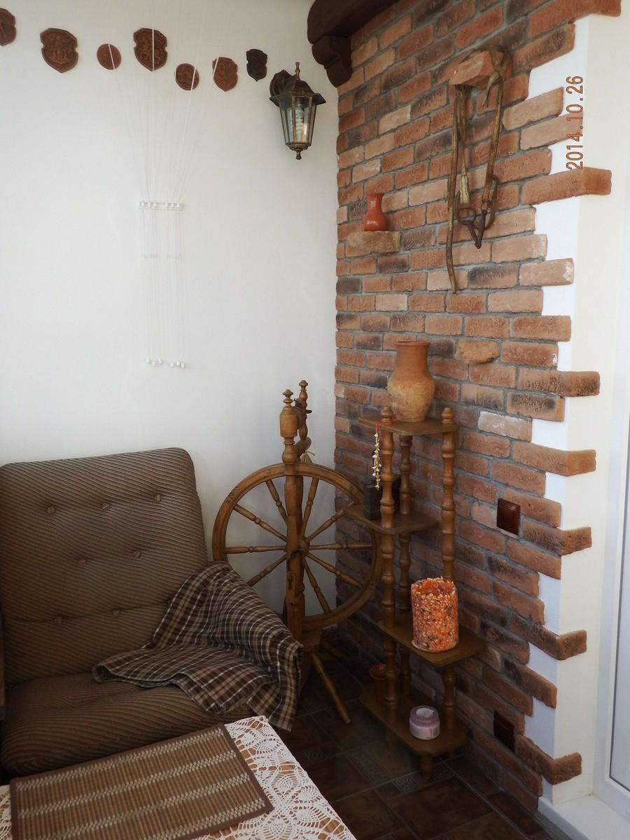 Декоративный камень на балконе - фото, история покупателя.